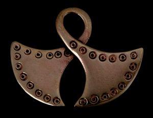 Amulett Anhänger Gekreuze Axtblätter, Bronze