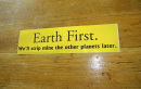 Aufkleber Earth first...