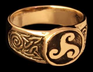 Siegelring Triskel, Bronze