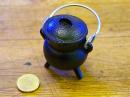Hexenkessel Gußeisen mini, mit Dreifuß