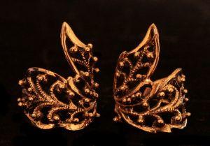 Ohrklemme Bartperle Elfenflügel, Bronze, 1 Stck.