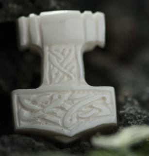 Bartperle und Lockenperle Mjölnir4, Thors Hammer, Knochen