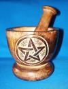 Mörser aus Holz m. Pentagramm geschnitzt