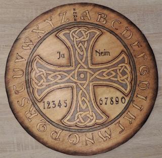 Witchboard Ouijaboard Hexenbrett Keltisches Kreuz rund, Handarbeit